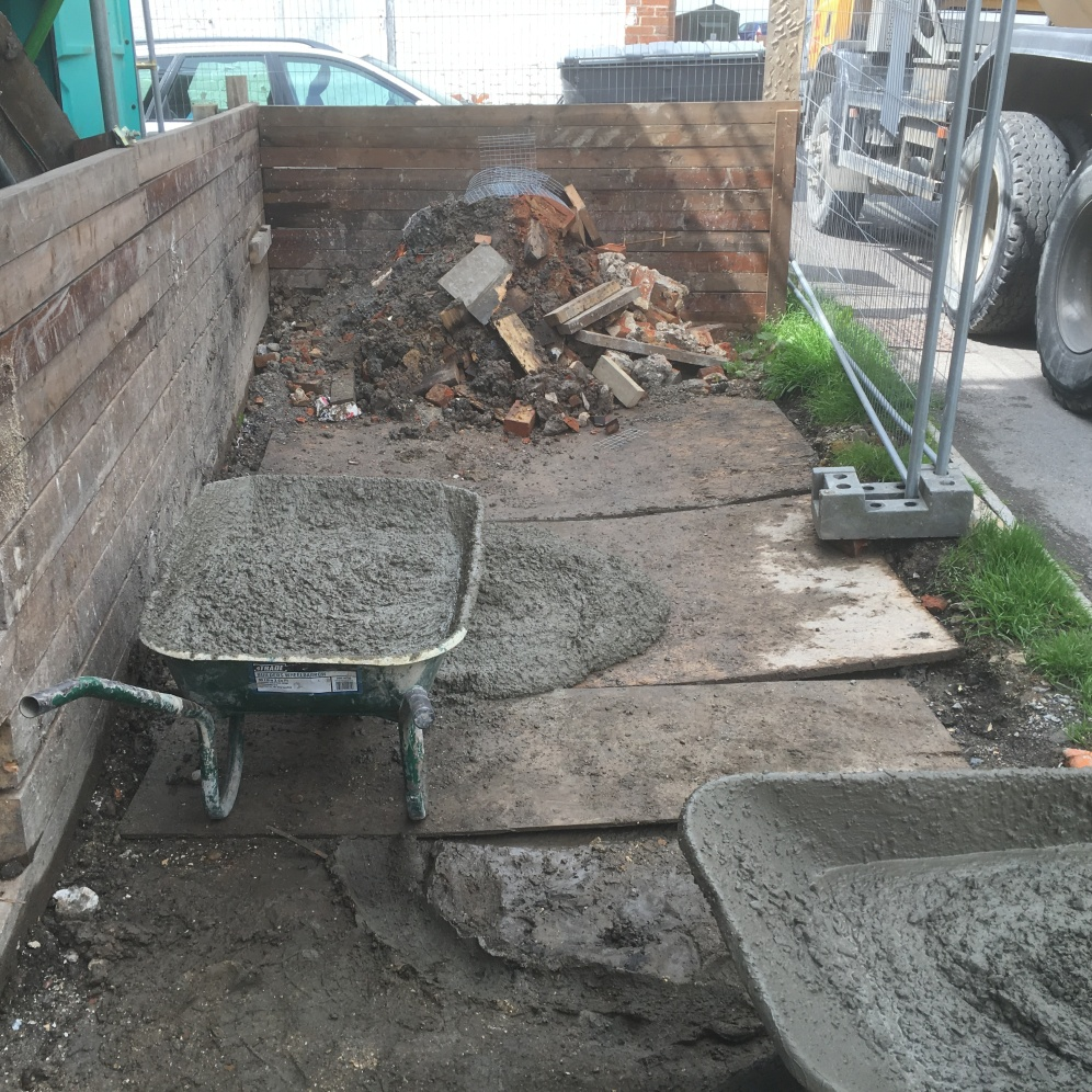 concrete wheel barrow 3fd