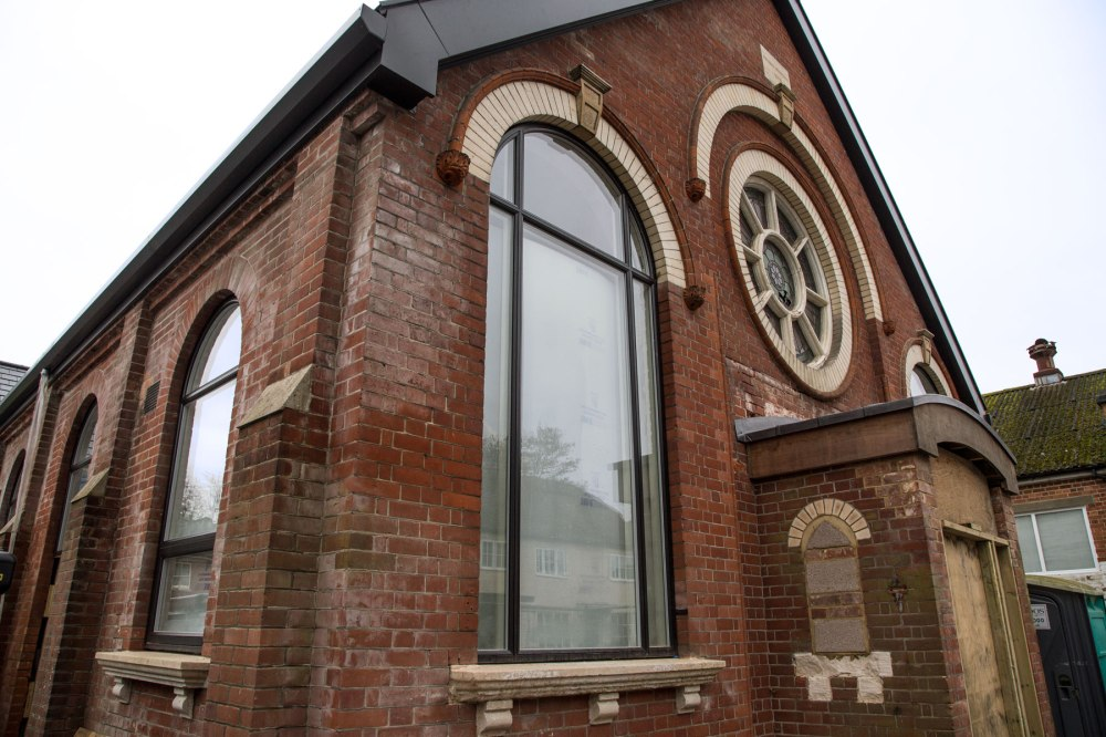 3fd_chapel_front_and_side_windows
