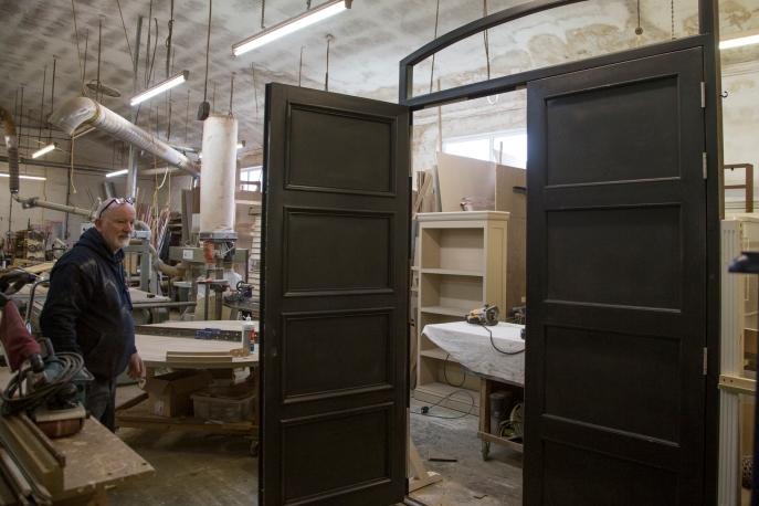3fd_Chapel_ECM_Joinery_Wood_Door_Open_in_workshop_Rob